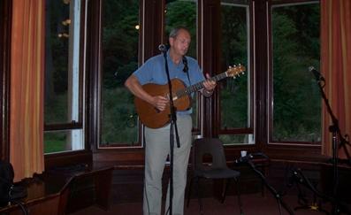 John performing at Dunoon La Jeuss reunion